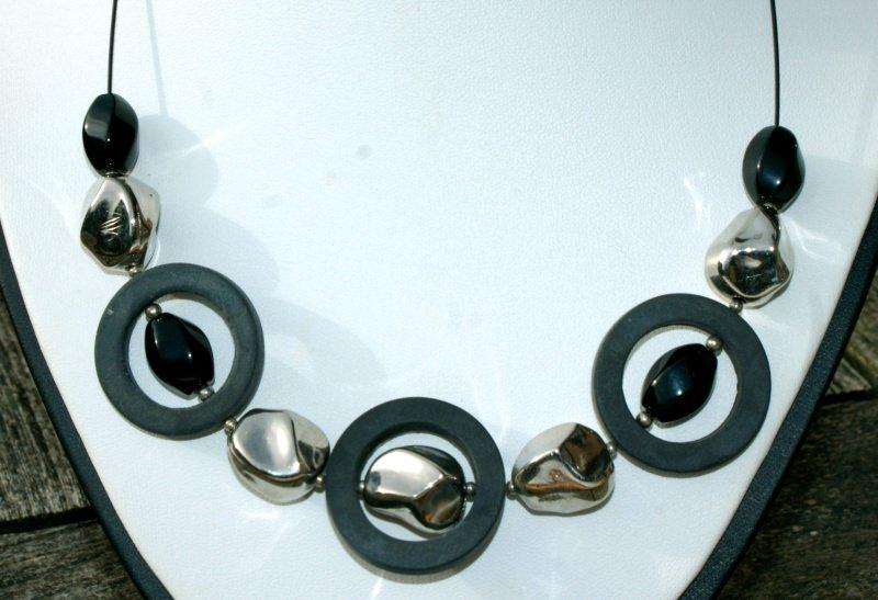 - Halsreif SCHWARZ - SILBER Onyx Unikat Ringe Nuggets glänzend matt extravagant - Halsreif SCHWARZ - SILBER Onyx Unikat Ringe Nuggets glänzend matt extravagant