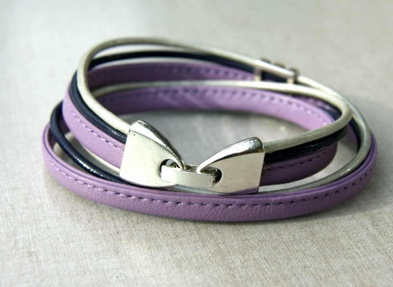 Kleinesbild - Wickelarmband FLIEDER Nappa-Leder lila silbergrau lässig elegant