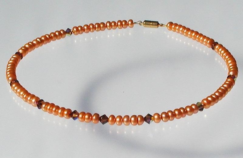 Kleinesbild - Halskette ORANGE Zuchtperlen Swarovski-Steine elegant