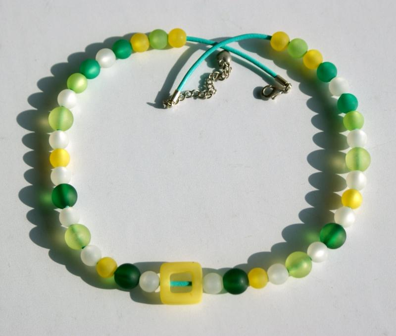 Kleinesbild - Halskette GELB-GRÜN Polarisperlen Lederband