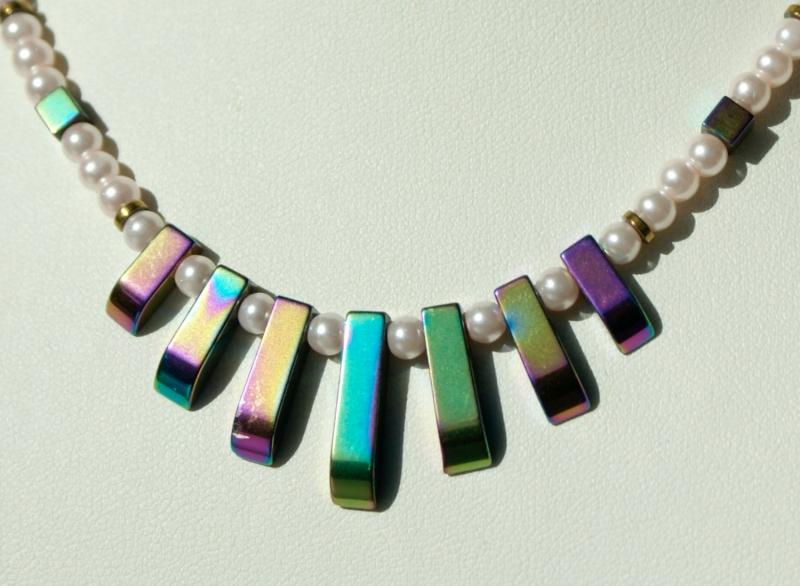 - Halskette KLEIN aber FEIN Hämatit Glaswachsperlen bunter Glanz - Halskette KLEIN aber FEIN Hämatit Glaswachsperlen bunter Glanz