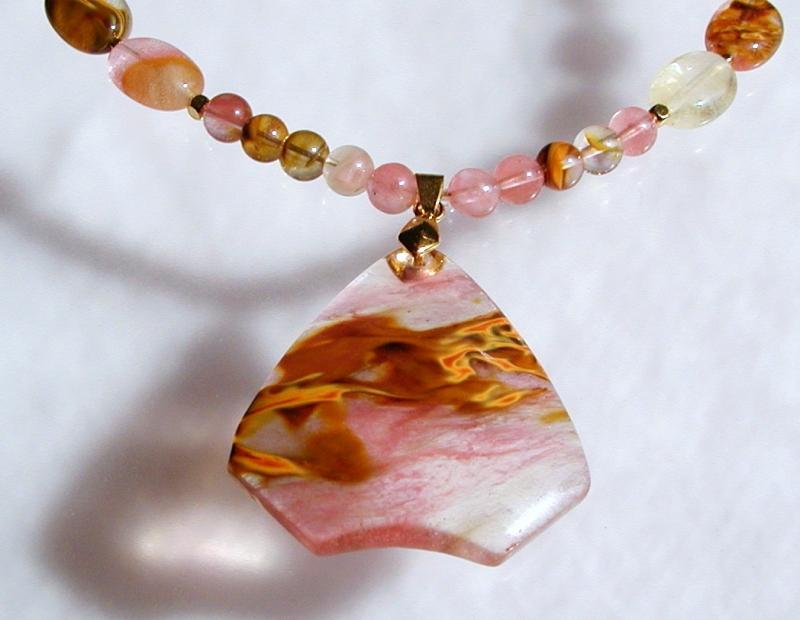 - lange Halskette CHERRY QUARZ mit Anhänger romantisch  - lange Halskette CHERRY QUARZ mit Anhänger romantisch