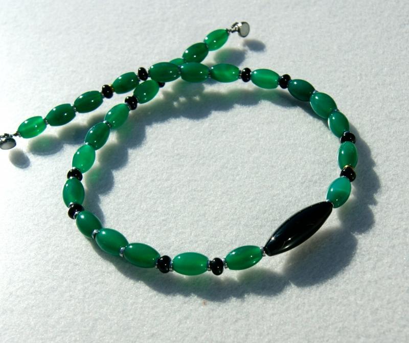 - Halskette OLIVEN Achat Onyx grün schwarz elegant - Halskette OLIVEN Achat Onyx grün schwarz elegant