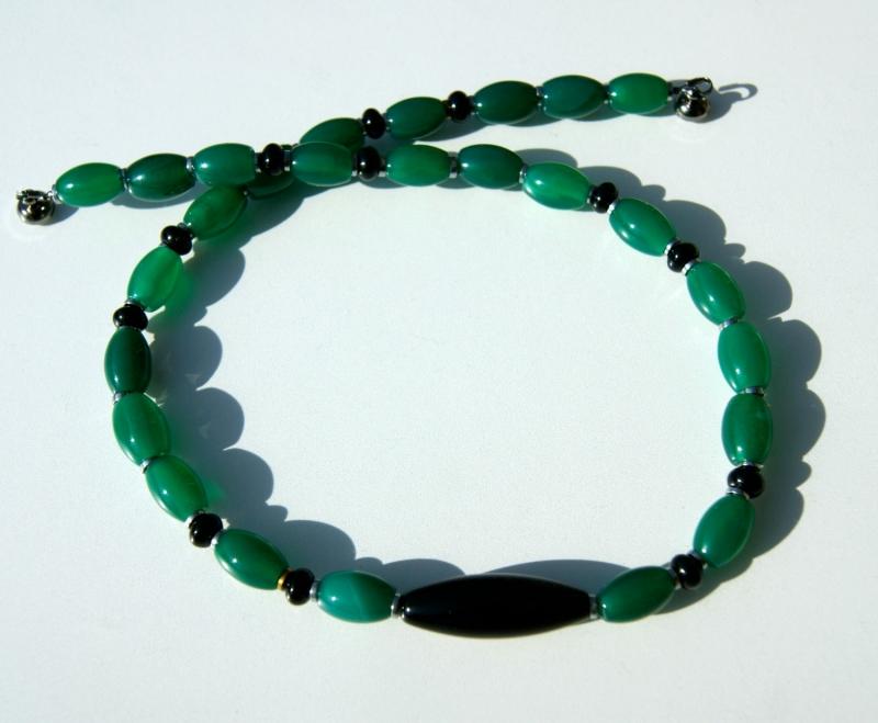 Kleinesbild - Halskette OLIVEN Achat Onyx grün schwarz elegant