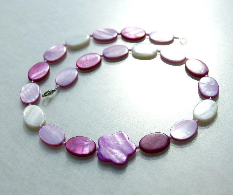 Kleinesbild - Halskette ROSA BLUME Perlmutt leicht verspielt