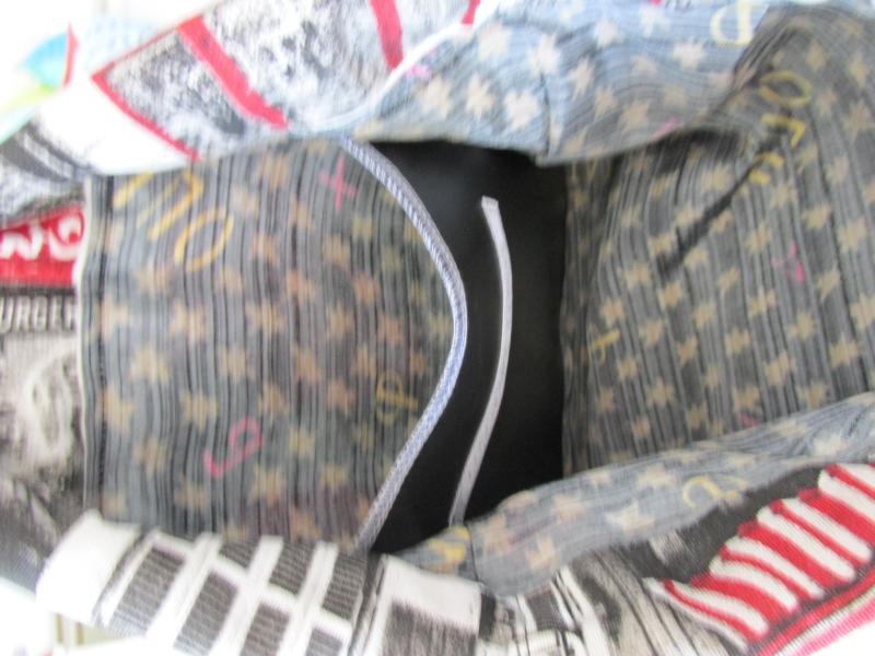 Kleinesbild - Turnbeutel - Rucksack - Festivalbag - Sacklzement -  unterwegs - Sporttasche - Badetasche - handgemachte Geschenke