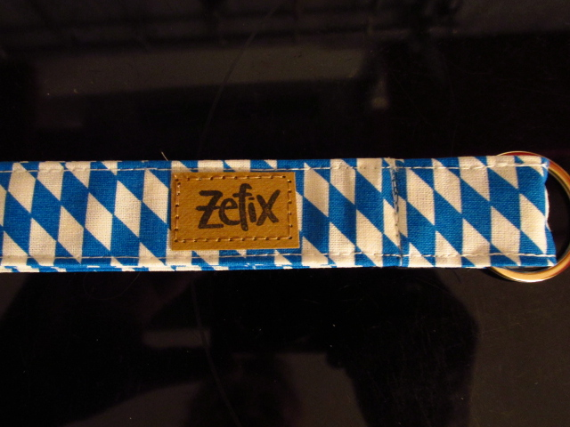 Kleinesbild - Schlüsselband lang - bayrisch - zefix - Schlüsselanhänger -blau weiß