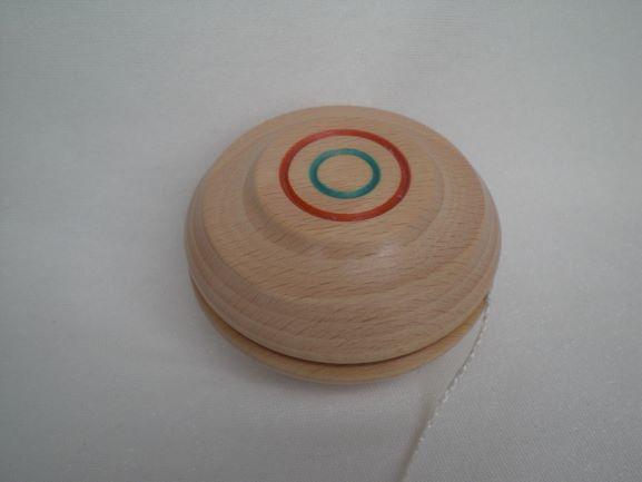Kleinesbild - Jojo aus Holz, in Handarbeit gedrechselt, Spielzeug für Groß und Klein