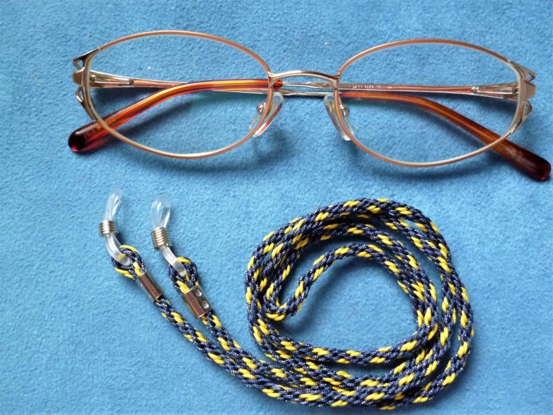 - Handgeflochtenes Brillenband  aus Schmuckkordel für Sonnenbrillen, Lesebrillen, kabellose Kopfhörer - Handgeflochtenes Brillenband  aus Schmuckkordel für Sonnenbrillen, Lesebrillen, kabellose Kopfhörer