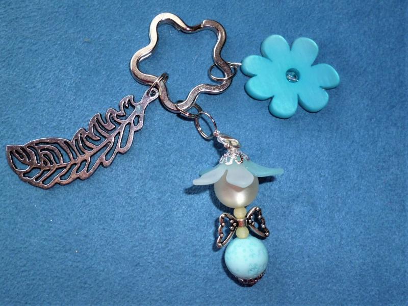 - Handgefertigter Schlüsselanhänger Blumenelfe aus Polaris   -  Geschenk für Frauen und Mädchen - - Handgefertigter Schlüsselanhänger Blumenelfe aus Polaris   -  Geschenk für Frauen und Mädchen -