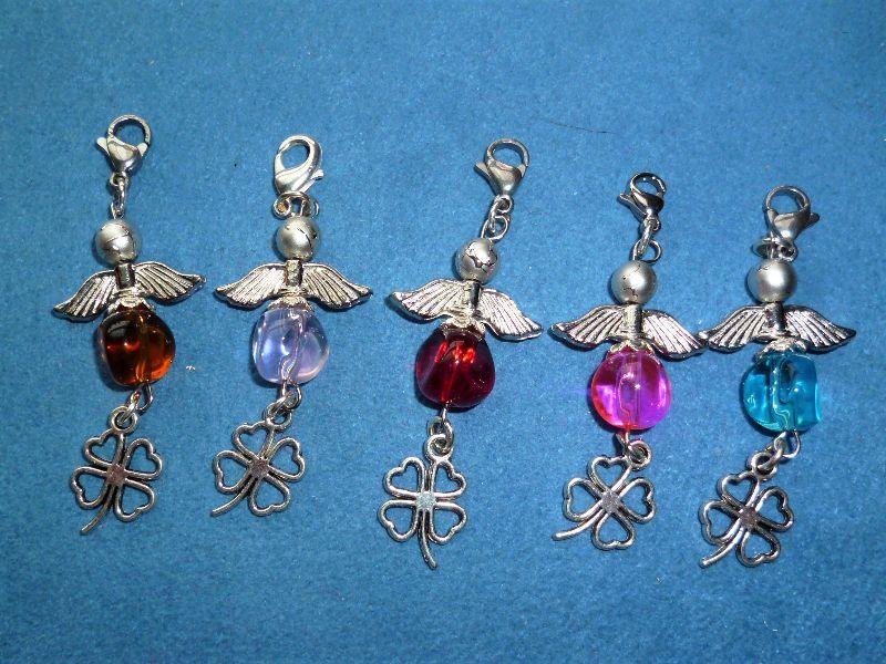 - 5 Stück Perlenengel, Glücksbringer, Geschenkanhänger, Charmanhänger, Gastgeschenk - 5 Stück Perlenengel, Glücksbringer, Geschenkanhänger, Charmanhänger, Gastgeschenk