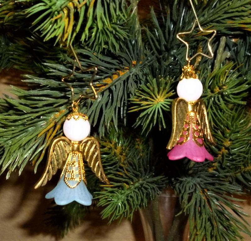 - Handgefertigter Weihnachtsschmuck *Engelchen mit Zieranhänger* in gold im 2er Set - Weihnachtsdekoration - - Handgefertigter Weihnachtsschmuck *Engelchen mit Zieranhänger* in gold im 2er Set - Weihnachtsdekoration -