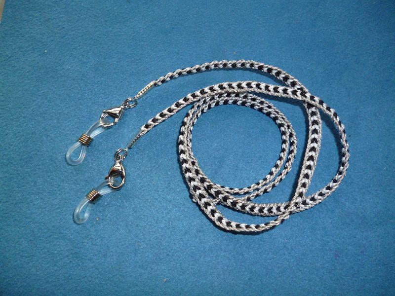 - Handgeflochtenes Brillen-/Masken-/Airpodband aus Schmuckkordel - Geschenk für Frauen und Männer -     - Handgeflochtenes Brillen-/Masken-/Airpodband aus Schmuckkordel - Geschenk für Frauen und Männer -
