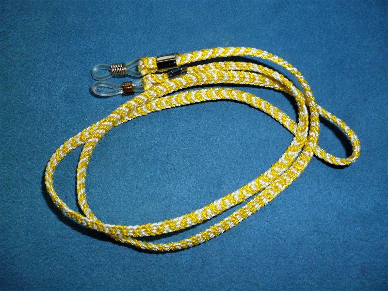 - Handgeflochtenes Brillen-/Airpodband  aus Schmuckkordel für Lesebrillen, Sonnenbrillen und kabellose Kopfhörer - Handgeflochtenes Brillen-/Airpodband  aus Schmuckkordel für Lesebrillen, Sonnenbrillen und kabellose Kopfhörer