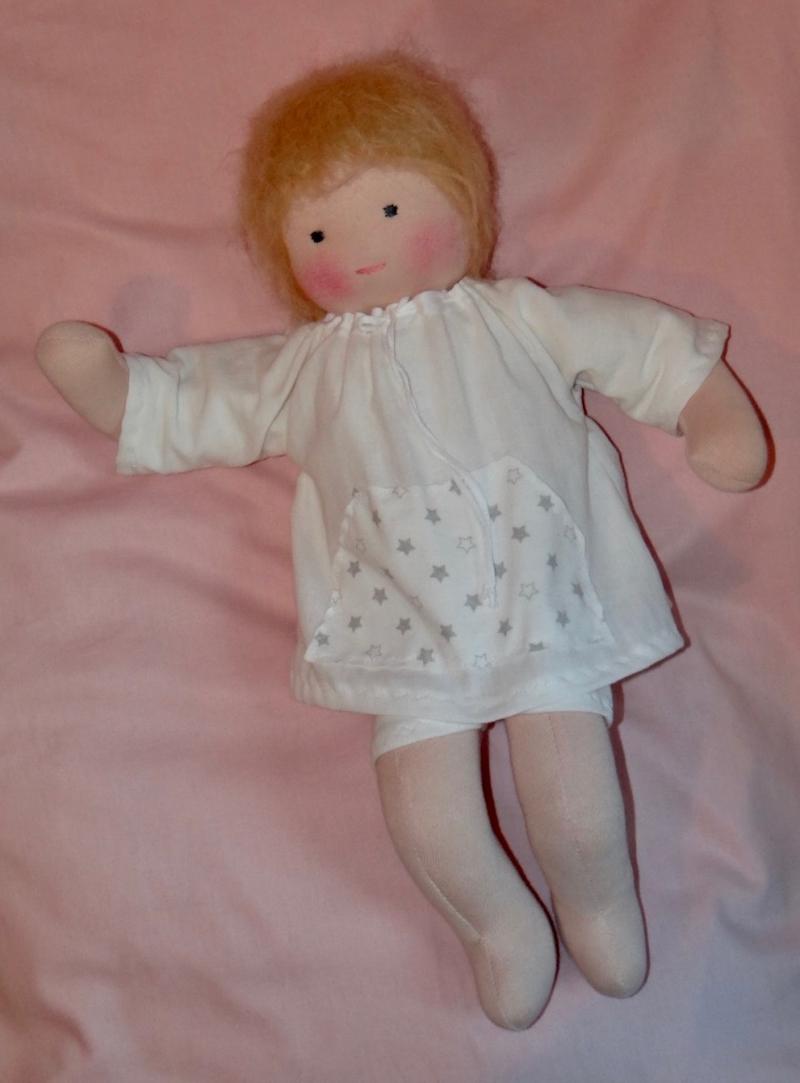 Kleinesbild - Versand kostenfrei Grosse Puppe 50 cm Babypuppe Stoffpuppe Handarbeit Naturmaterialien hergestellt