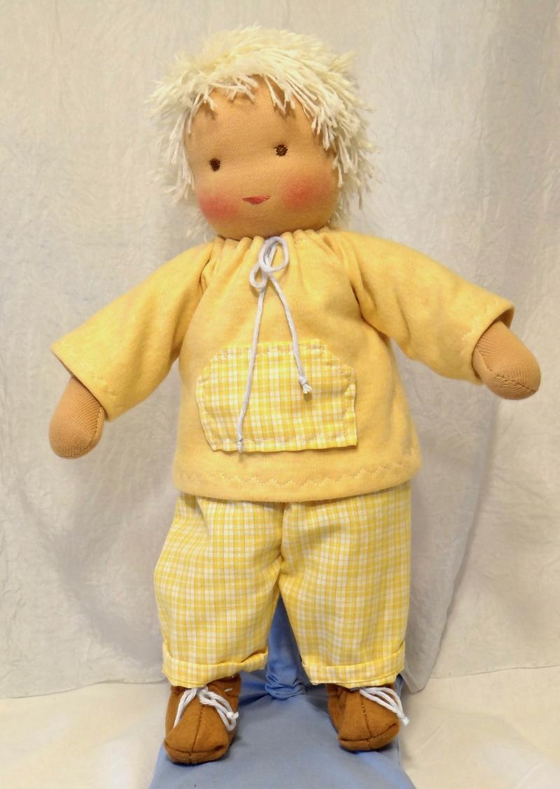 Kleinesbild - Stoffpuppe Junge ca.35 cm mit gelben oder blauen Anzug in Handarbeit aus Naturmaterialien nachhaltig hergestellt Plastikfrei