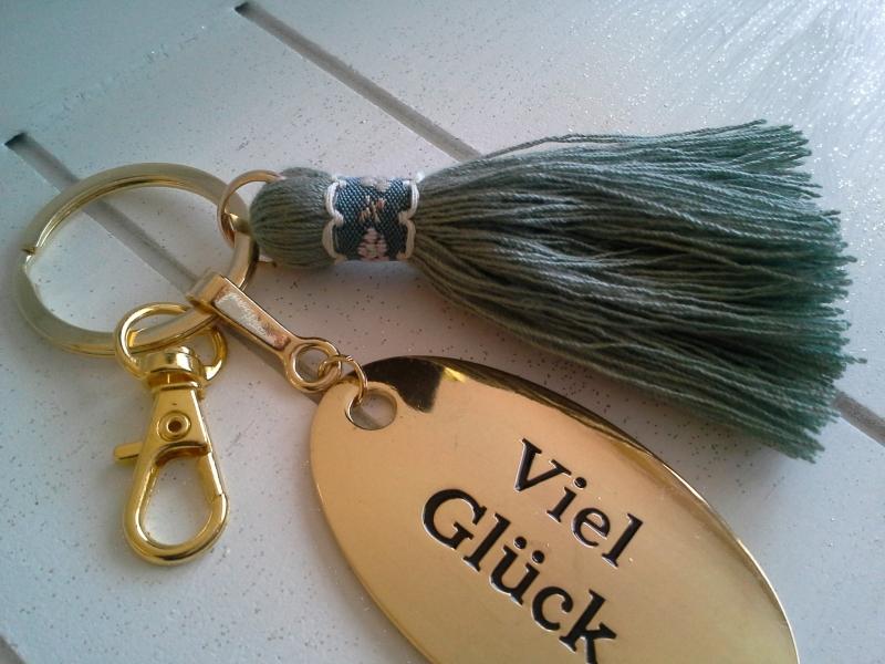 Kleinesbild - Schlüsselanhänger ☀ Viel Glück ☀ ♡ , mit Baumwollquaste