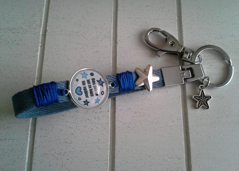 Kleinesbild - Schlüsselanhänger ★ Das Leben ist zu kurz für später ★ ♡ , aus Jeansband mit Cabochon-Anhänger