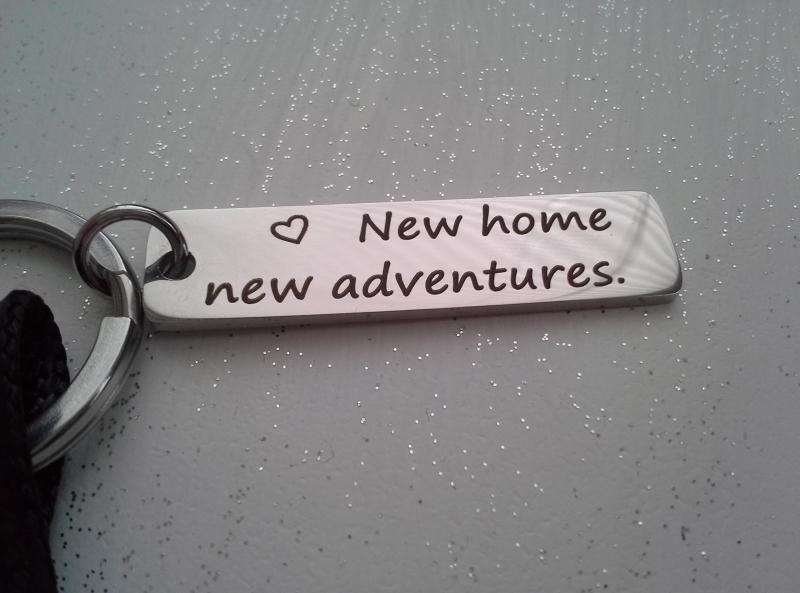 Kleinesbild - Schlüsselanhänger ★ New home new adventures ★ ♡ , aus Synthetikband