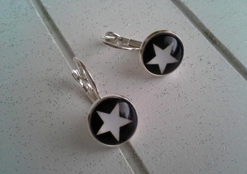 Kleinesbild - Ohrringe ♥ Stern ♥,  ☆ versilbert ☀ verschiedene Motive ☀