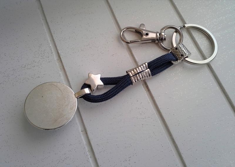 Kleinesbild - Schlüsselanhänger ★ Enjoy the little things ★ ♡ , aus Paracordband mit Cabochon-Anhänger