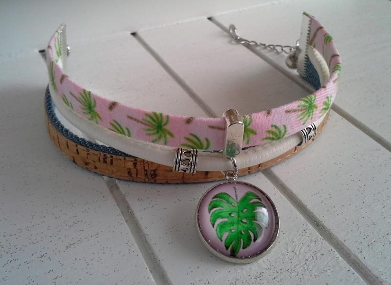 Kleinesbild - Armband ★ Palme ★, Armband aus Satinband, Jeans-/Korkband und Kunstleder mit Glascabochon-Anhänger