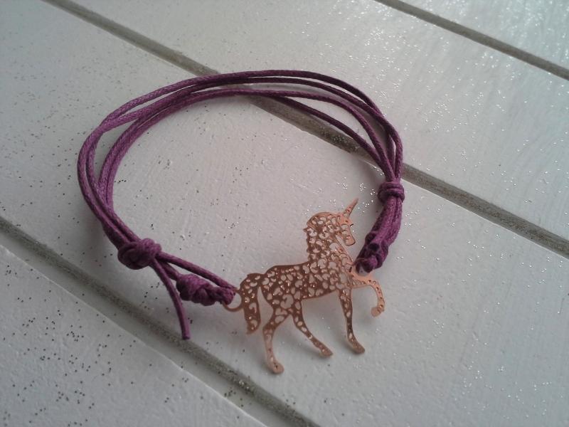 Kleinesbild - Armband ♥ Einhorn ♥, geknüpftes Armband mit filigranem Anhänger ☀ individualisierbar!