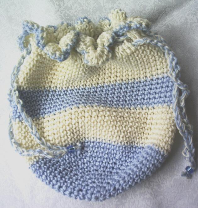 Kleinesbild - Beutel ♡ Utensilo handgehäkelt aus Baumwolle in Creme und Hellblau für die Aufbewahrung von vielen kleinen Dingen kaufen