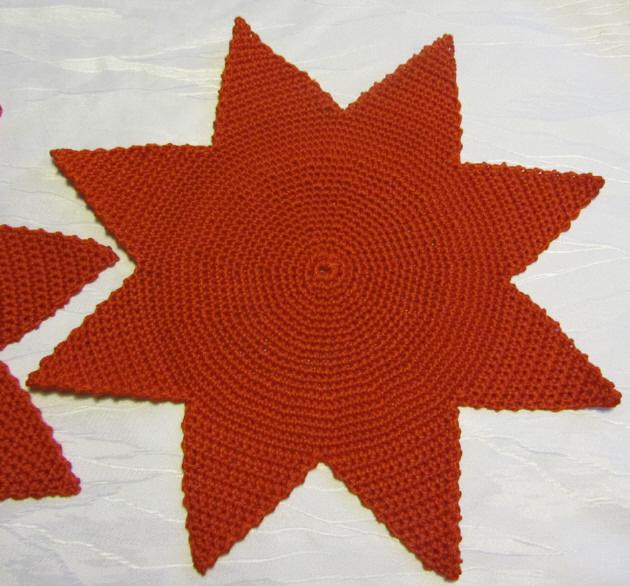 - Handgehäkeltes Tischdeckchen ☆ Weihnachtsdeckchen Stern ★ gehäkelt aus Baumwolle in Rot kaufen  - Handgehäkeltes Tischdeckchen ☆ Weihnachtsdeckchen Stern ★ gehäkelt aus Baumwolle in Rot kaufen
