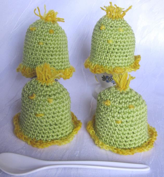 Kleinesbild - Eierwärmer im Viererset handgehäkelt aus Baumwolle in der Farbe Grün und Gelb kaufen