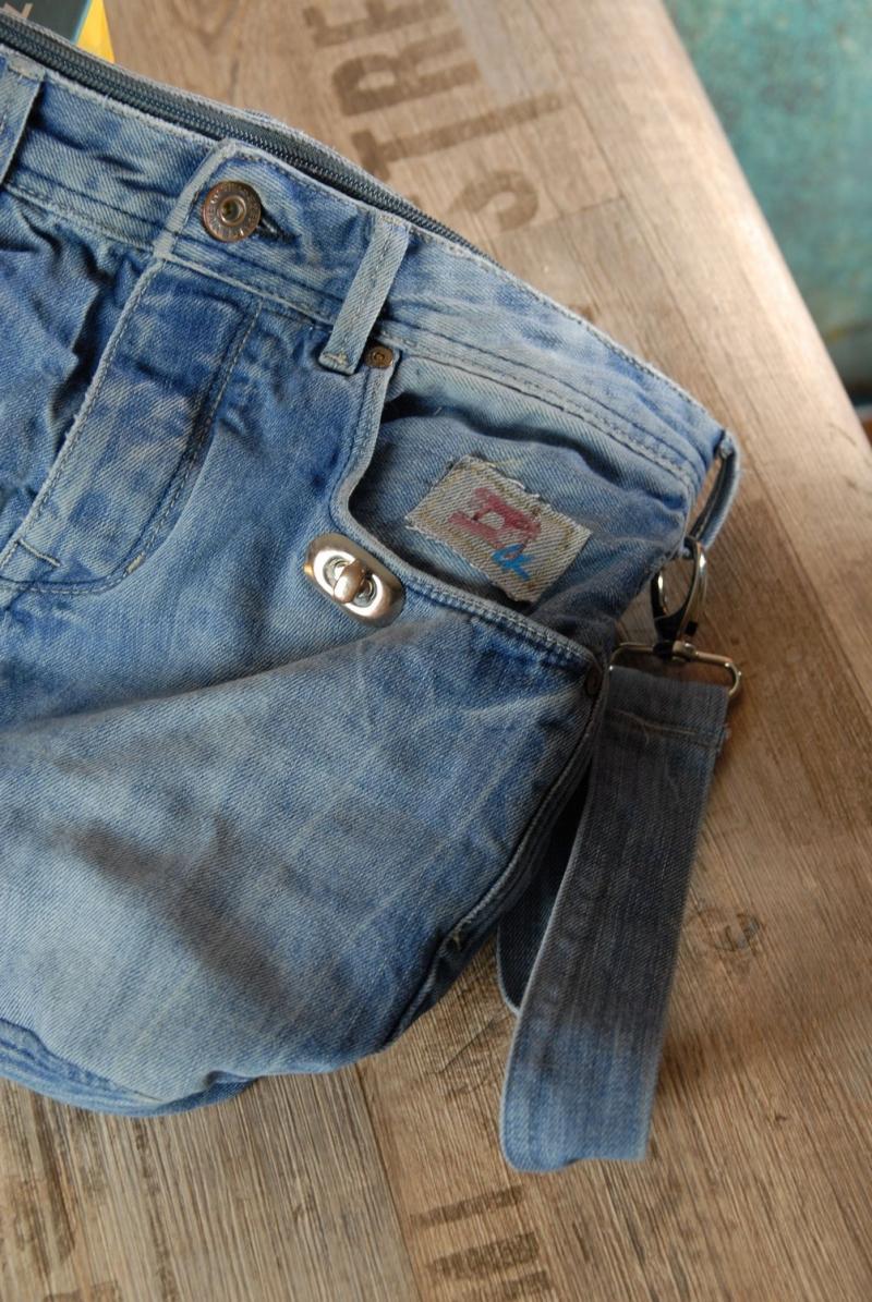 Kleinesbild - Upcycling ★ Jeans HosenTasche FirstDate gefüttert mit Baumwollstoff ★ Unikat