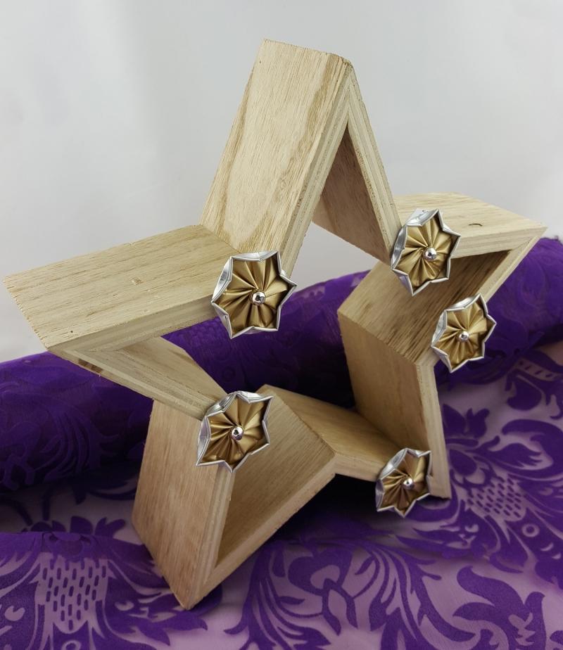 - Holzstern mit Kapselnsternen ♥Upcycling♥ goldene Sterne - Holzstern mit Kapselnsternen ♥Upcycling♥ goldene Sterne