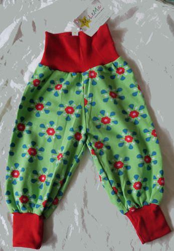 - Pumphose Grün mit Blumen Größe 74 - Pumphose Grün mit Blumen Größe 74