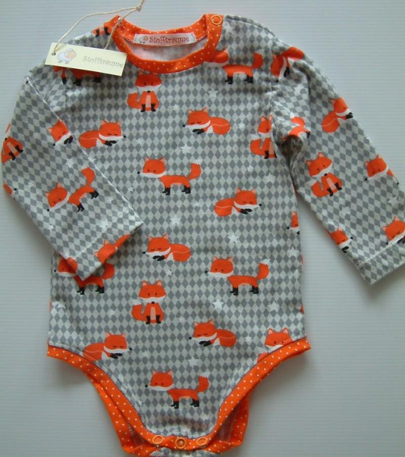 - Ein ganz besonderer Babybody aus Jersey mit wunderbaren Fuchsmotiven, Babyunterwäsche - Ein ganz besonderer Babybody aus Jersey mit wunderbaren Fuchsmotiven, Babyunterwäsche
