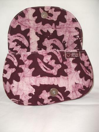 Kleinesbild - Tolle Clutch aus gebatikter Baumwolle in Violett und Rosa, handgenäht