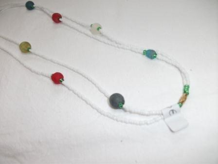Kleinesbild - Tolle Kette- aus handgefertigten afrikanischen Glasperlen, handgefertigt