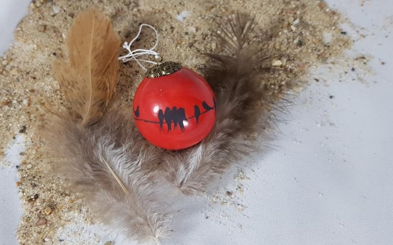 Kleinesbild -  handgemachte Keramikkugel mit Vögeln zum Aufhängen/ Fb: rot/ hier gehts zum Shop