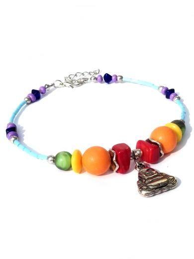 Kleinesbild - Fußkettchen in Regenbogenfarben mit Glasperlen, Muschelperlen und Boeddhabettel. Handgefertigte Fußkette, sieben Chakra