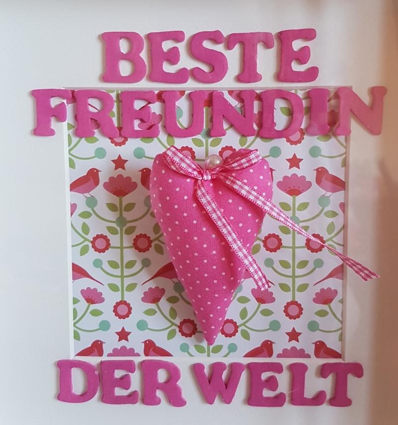 """Kleinesbild - Dreidimensionaler Bilderrahmen für die """"Beste Freundin der Welt"""" mit genähtem Herz in pink"""