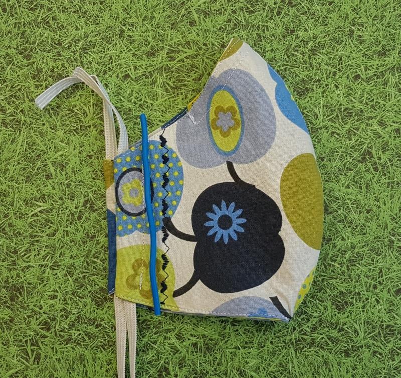 Kleinesbild - Behelfs-Mund-Nase-Maske aus Baumwolle, waschbar, blau-grün gemustert, Herzen