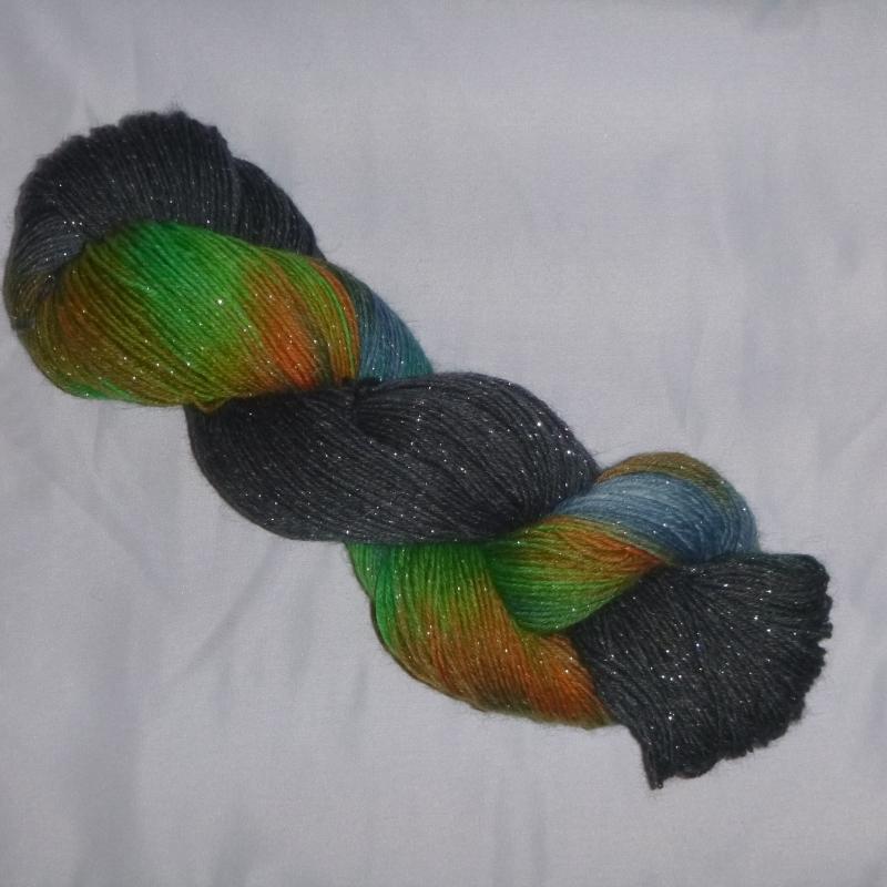 Kleinesbild - Handgefärbte Sockenwolle (4-fädig) glitzernde Nordlichter