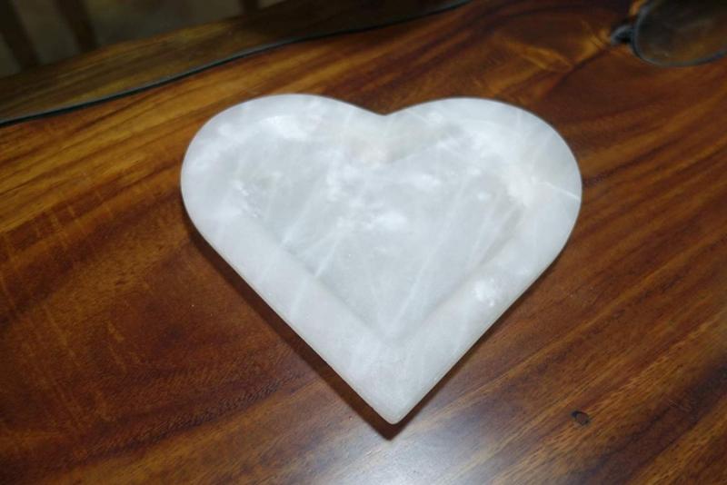Kleinesbild - Dekoschale in Herzform aus mexikanischem Onyx Marmor (Naturstein) aus seltenem ONYX ¨Verde Dunas¨