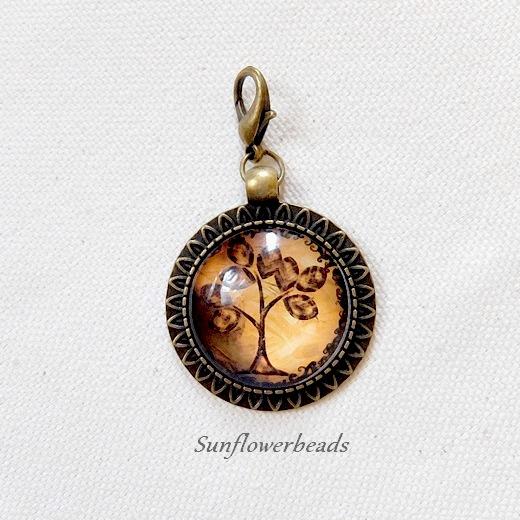 - Cabochonanhänger, Wechselanhänger bronze mit Lebensbaum orange-braun - Cabochonanhänger, Wechselanhänger bronze mit Lebensbaum orange-braun