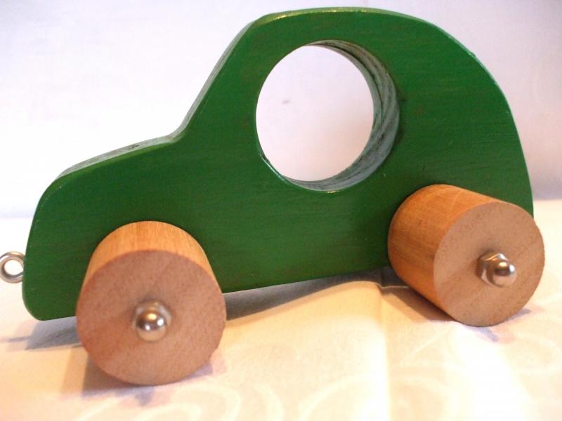 - Handgefertigtes Spielzeugauto aus Holz für Kinder, zum Nachziehen und Schieben -Deutsche Handarbeit-   - Handgefertigtes Spielzeugauto aus Holz für Kinder, zum Nachziehen und Schieben -Deutsche Handarbeit-