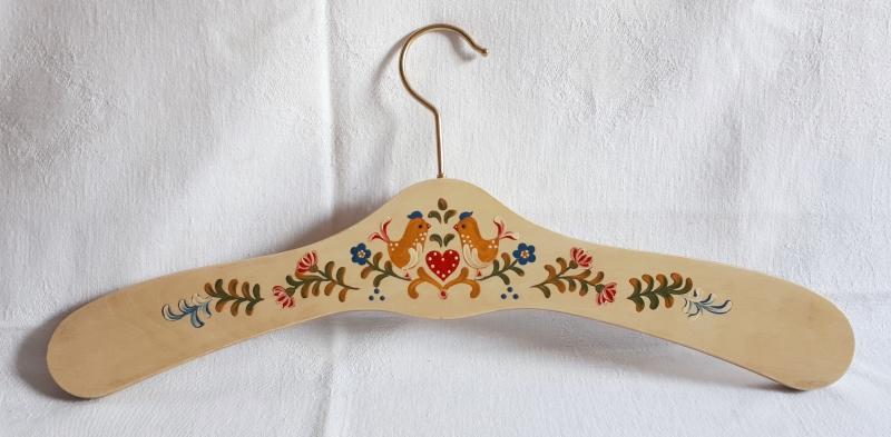 Kleinesbild - Kleiderbügel/Garderobenbügel aus Holz, 3er Set, handbemalt im Bauernmalerei- und Landhausstil -Deutsche Handarbeit-  **Versandkostenfrei***