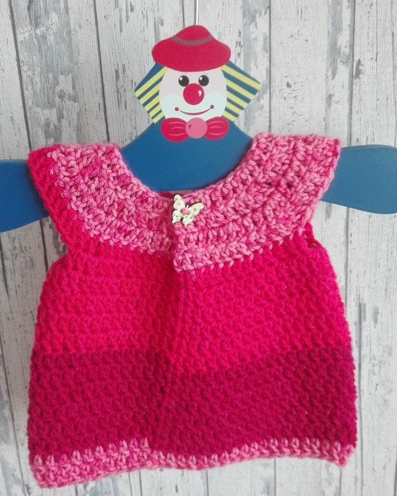 Kleinesbild - Niedliches Häkelkleidchen für kleine Babygirls in der Farbe pink, absolutes Einzelstück, Gr. 62