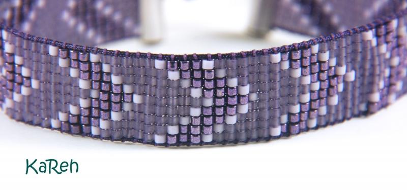 Kleinesbild - handgewebtes Armband mit Zackenmuster in verschiedenen Lilatönen