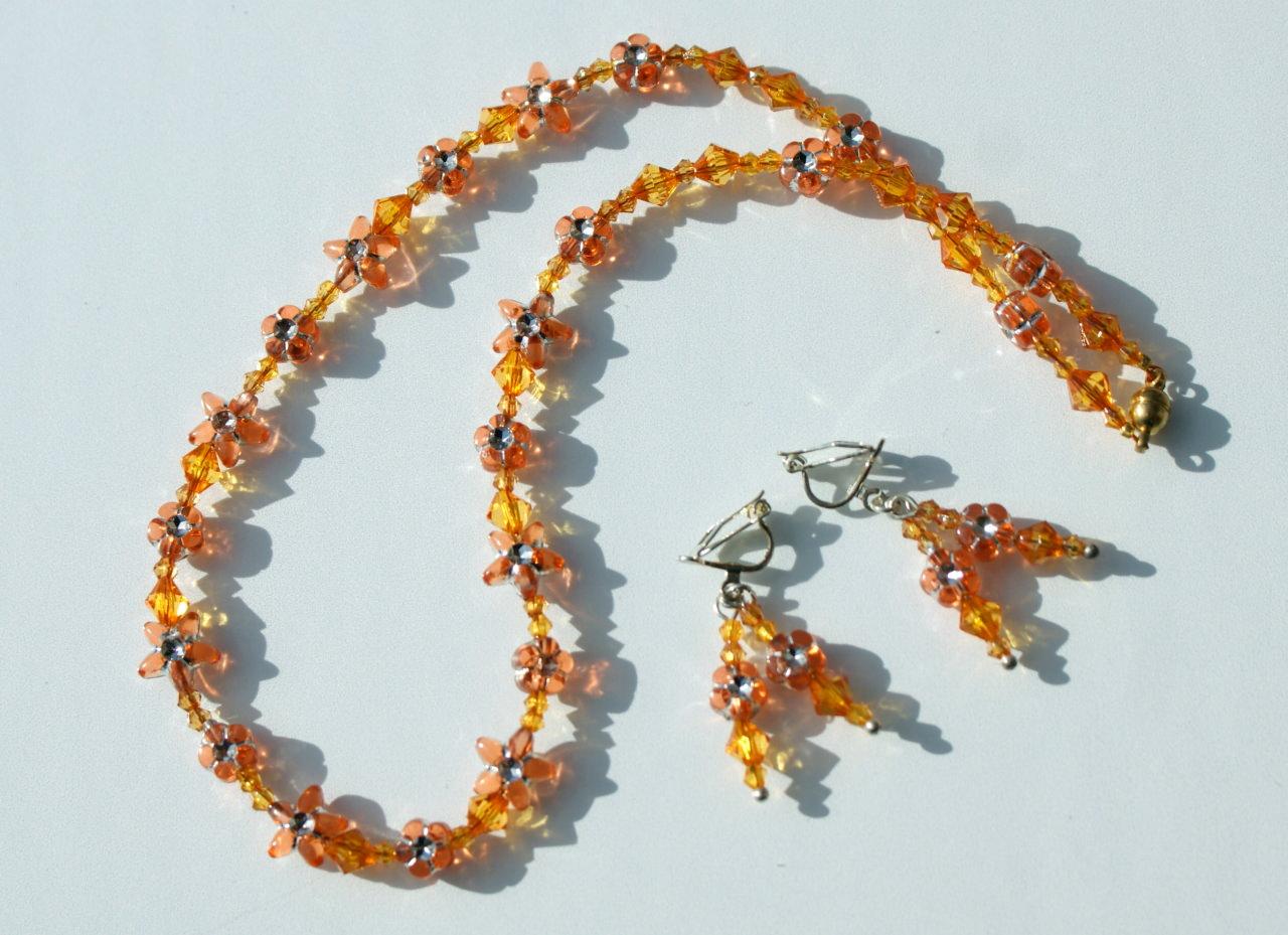 Kleinesbild - Kinder Halskette BLÜTEN und STERNE gelb orange leicht romantisch