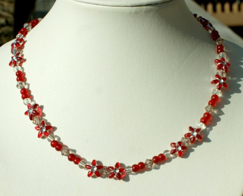 Kleinesbild - Kinder-Kette BLÜTENSTERNCHEN rot leicht Magnetverschluss romantisch Mädchen Blüten Sterne