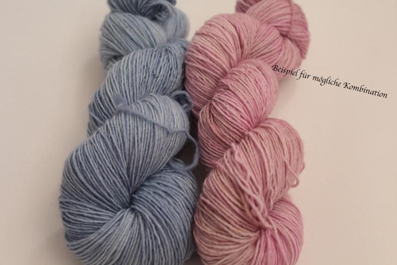 Kleinesbild - Handgefärbte Single-Merinowolle 19/11 von Farbenspielerei